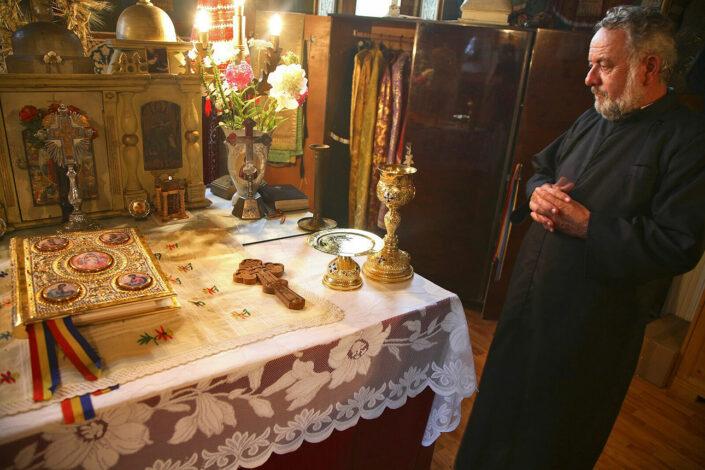 priester in Romenie